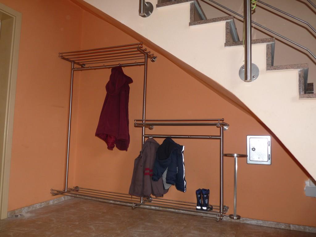 Garderobe Bild 2 - Waldemar Zilich