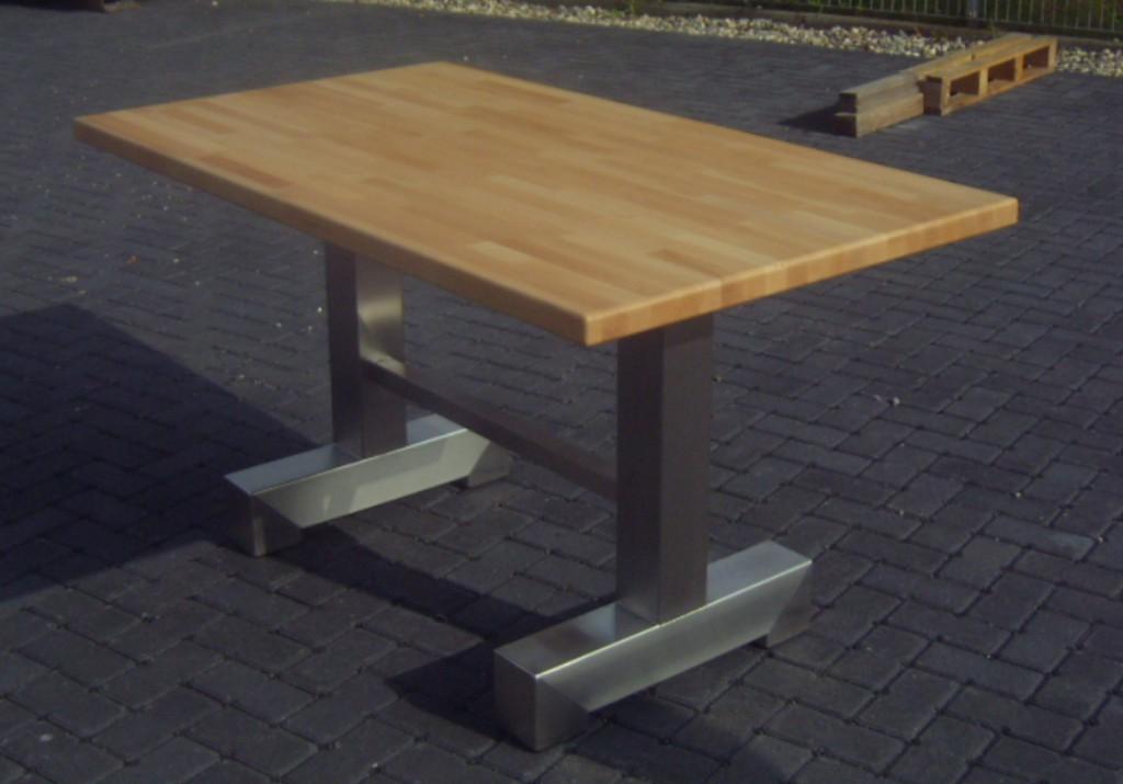 Tisch Beispiel 3 - Waldemar Zilich
